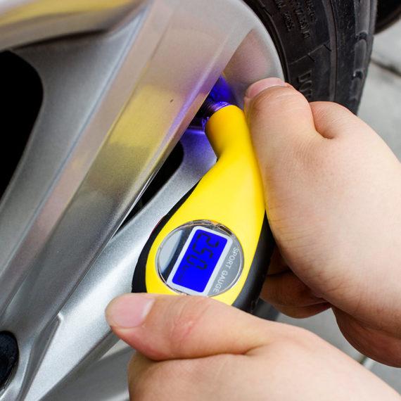 Digital Tire Pressure Gauge – 3 Measuring Units
